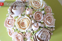 bridal buttercream flower bouquet cake tutorial | ffeabysawsen.com