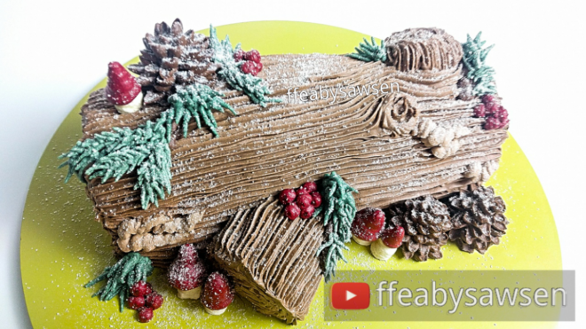 Yule Log / Buche de Noel cake tutorial - buttercream tree bark, pinecones, mushrooms & more | ffeabysawsen