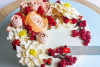red berry ranunculus rose dahlia buttercream flower wreath cake tutorial | ffeabysawsen