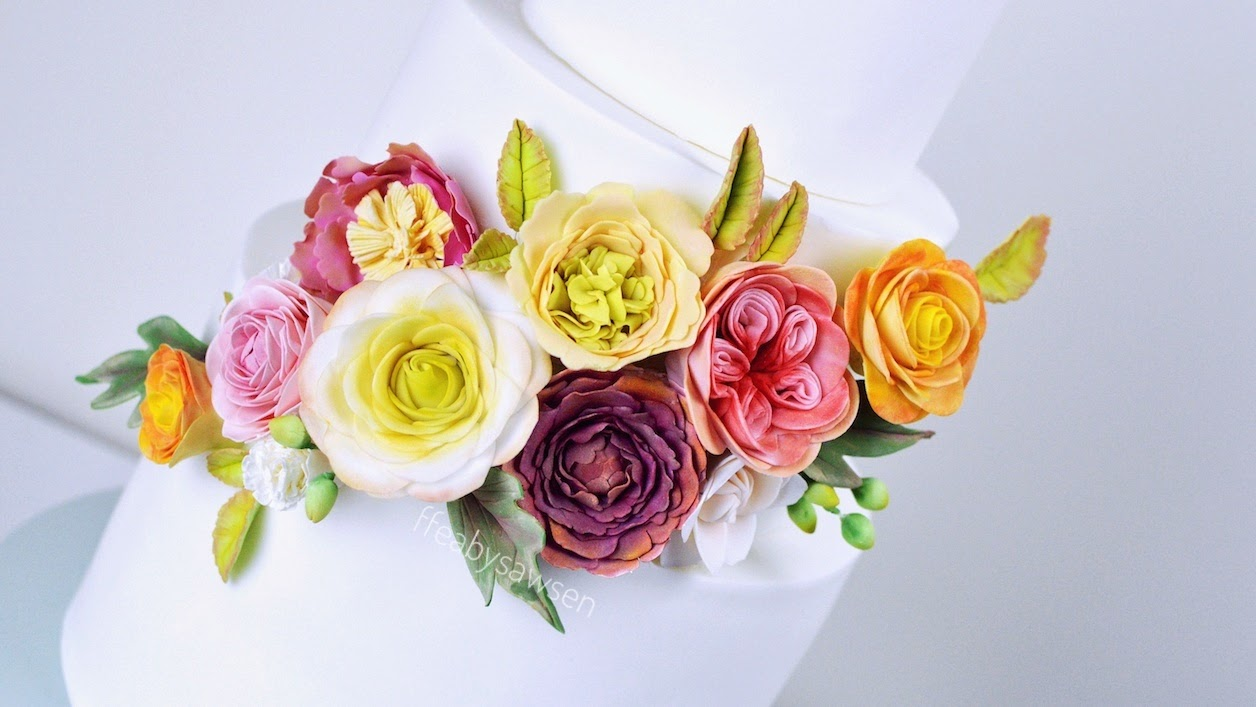 How to make a Professional Quality Sugar Flower Spray on ...